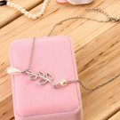 Women Retro Faux Pearl Leaves Shape Necklace Chain Collar Pendant Jewelry HC