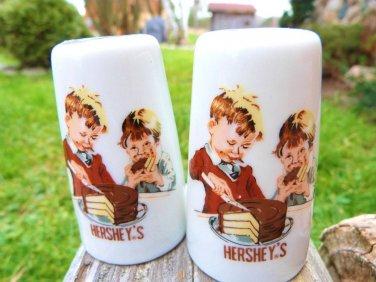 HERSHEY SALT PEPPER CHOCOLATE CHOCOLATIER DECOR VINTAGE SALT PEPPER