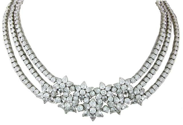 Necklace 34.62CT Round 10.52CT Pear Shape Diamonds F & G Color VS2 & SI1 Clarity 18KT White Gold