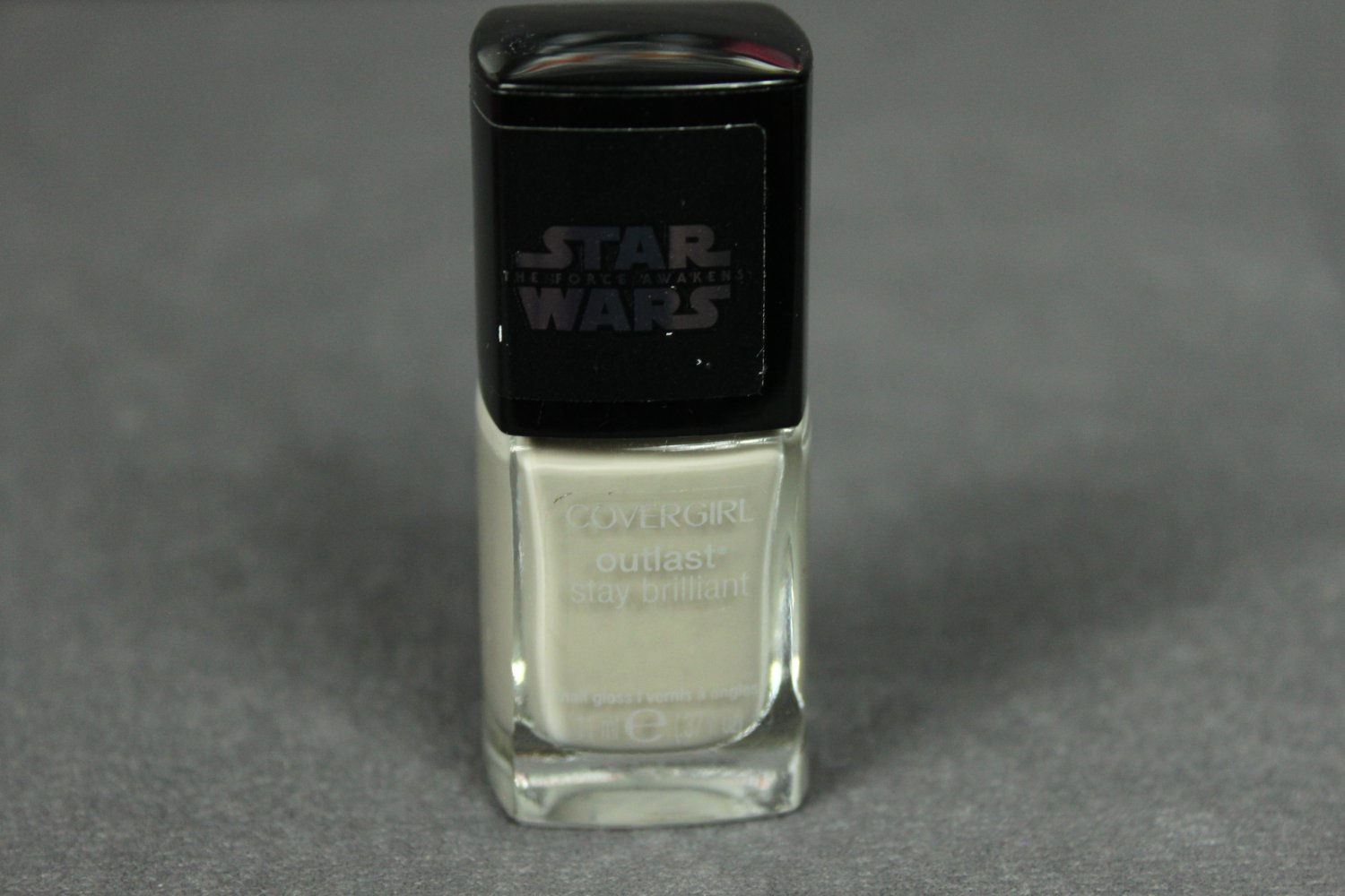Cover Girl Nail Polish Outlast Stay Brilliant STAR WARS SPEED OF LIGHT Nail Gloss