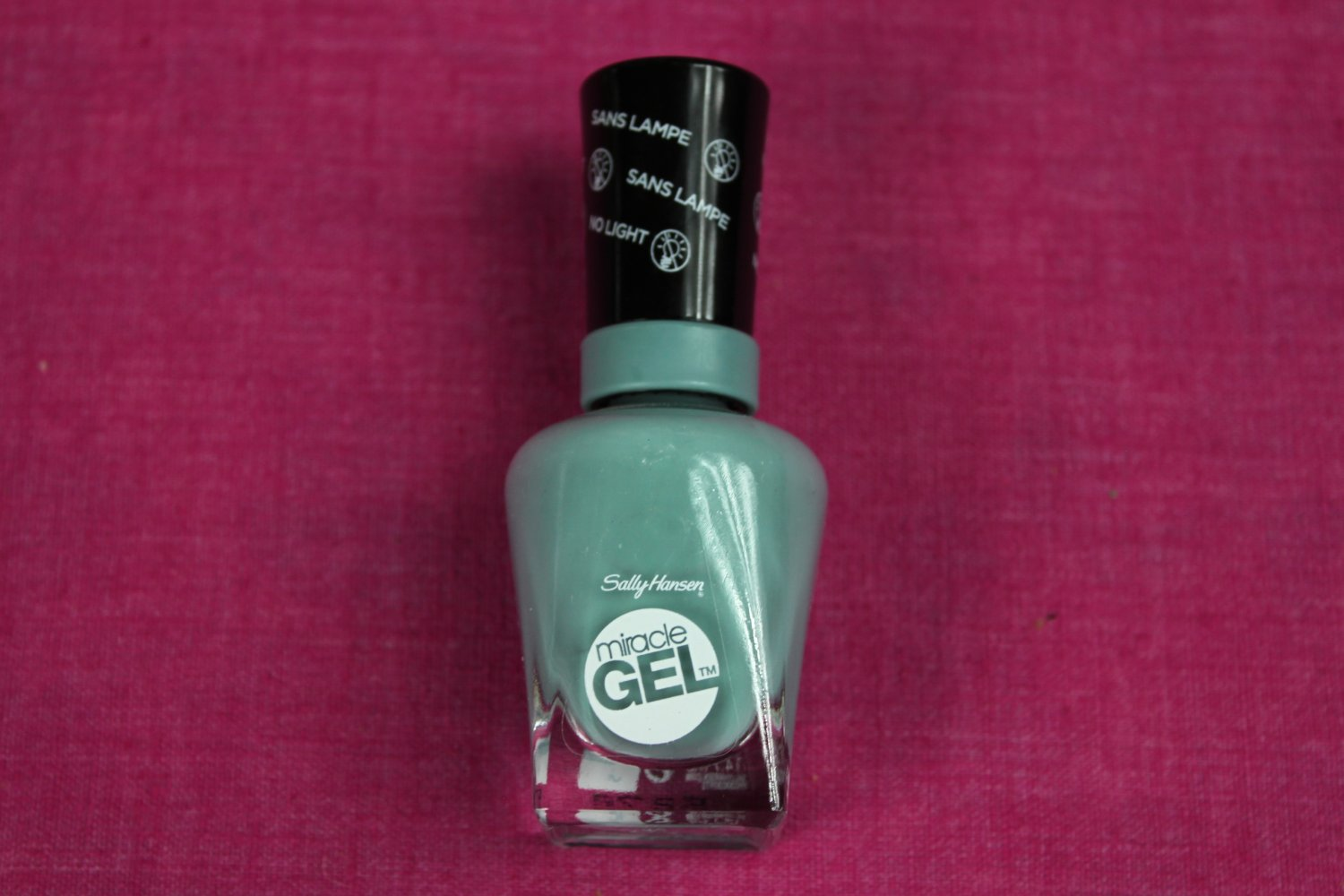 Sally Hansen Miracle Gel Nail Polish GREY MATTERS No Light Required