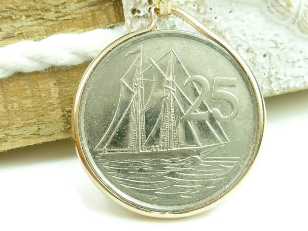 Cayman Island 25 CENT Sailing Ship 1999 Coin Pendant 14kt Gold
