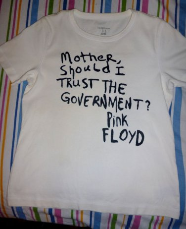 "Pink Floyd ""Mother/Government"" UNISEX Adult T-shirt / Rock 60's S, M, L, XL NEW"