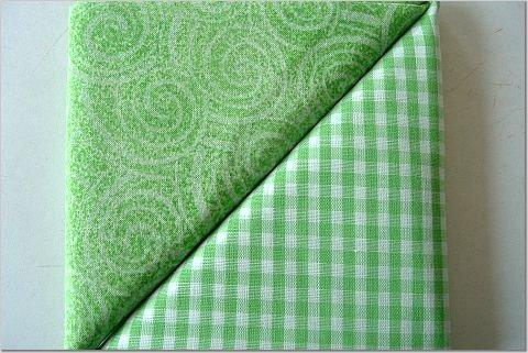 Green Gingham n' Swirl Print - TWO Fat Quarters (2871)