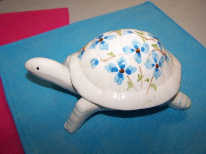 2 Piece Ceramic Turtle - Trinket Jewelry Box