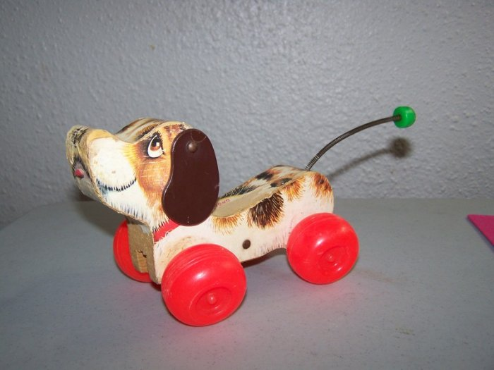 "Cute Vintage 1965 ""Snoopy"" Dog Fisher-Price Toy"