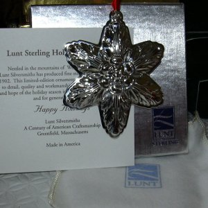Lunt Sterling 2004 Annual Star Ornament