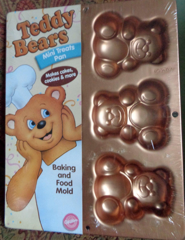 Wilton Teddy Bears Mini Treats Pan