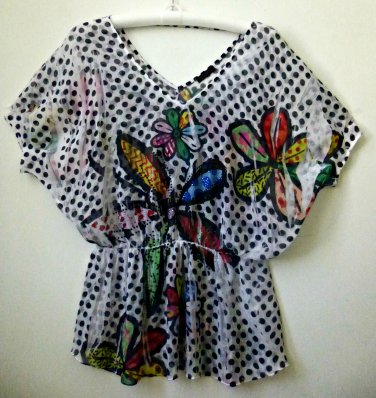 Crimson Ivy V-neck Butterfly Style SleevesTop*Beaded Embelllishment*Size S/Chico
