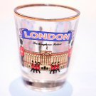 LONDON BUCKINGHAM PALACE CLEAR BAR SHOT GLASS Souvenir Collectible CUP