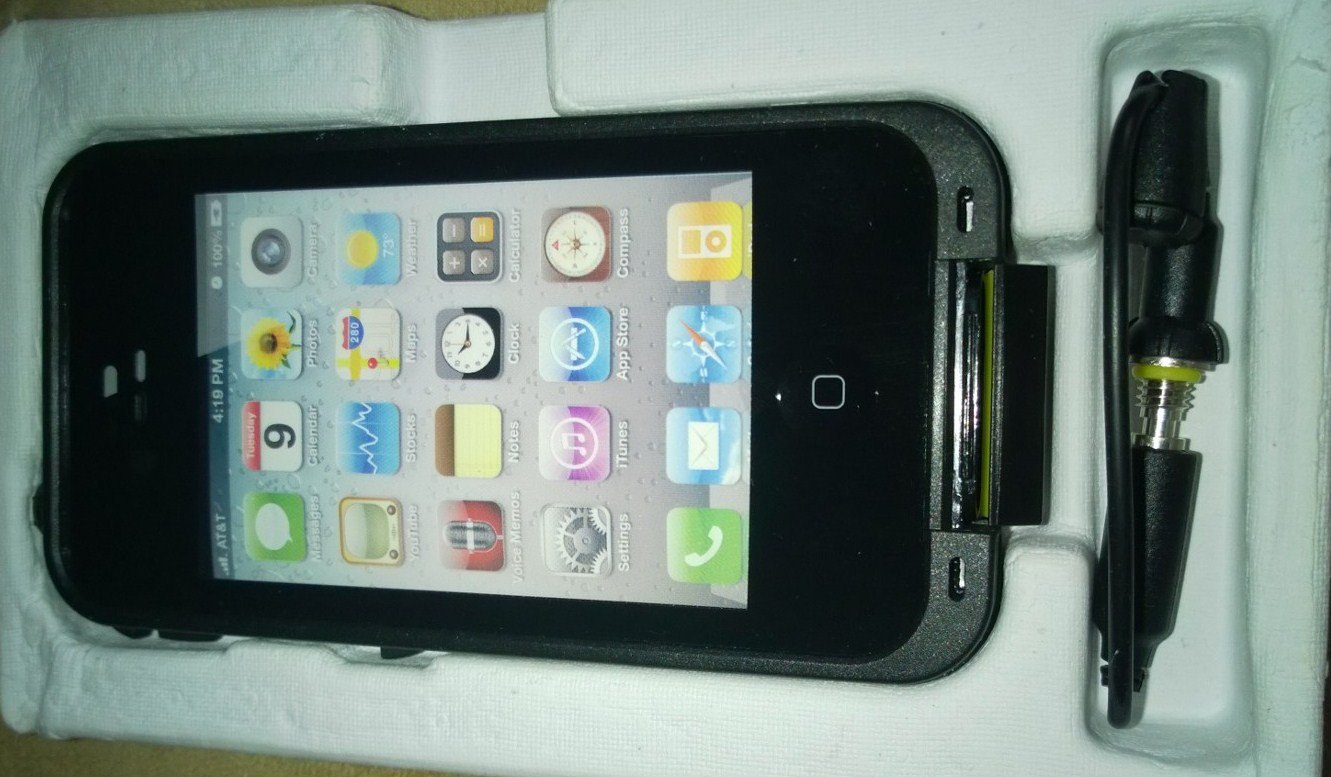 Waterproof Phone Case Black for Iphone 4 and 4s Snow proof, Shock Proof!