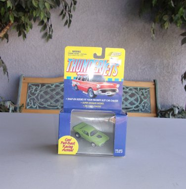 Vintage Thunder Jets Johnny Lightning Slot Car Snap On Body Green Die Cast Chassis