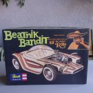 Beatnik Bandit Big Daddy Ed Roth Model Kit Revell 1/25 Vintage