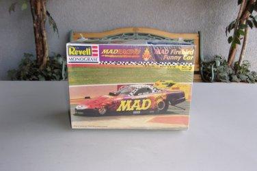 MAD Firebird Funny Car Model Kit MAD Drag Racing 1/24 Toliver NHRA Vintage Revell Monogram