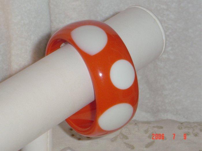 Lucite Wide Polka Dot Bangle Bracelet Orange White
