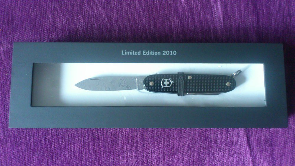Super Rare Victorinox Pioneer Damascus Alox 2010 Limited edition SAK Swiss  Army