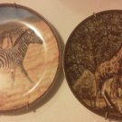 Set of 2 Decorative Plates Jungle Animals Giraffe Zebra Zebre Girafe Baum Bros