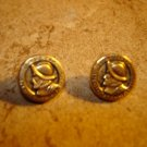 Set of 2 metalized plastic buttons with portrait of Balboa.