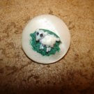 Mother of pearl button with little lamb.
