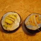 Lot of 2 plastic buttons with tropical fish picture
