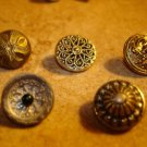 Lot of 5 antique picture buttons 6.