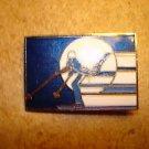 Denver Colorado 1979 skiing all metal brooch pin badge.