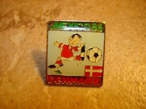 Mexico Denmark 1986 soccer all metal pin back pin.