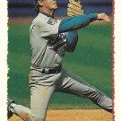 Steve Buechele 1995 Topps #303 Chicago Cubs Baseball Card