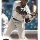Barry Bonds 2000 Fleer Focus #218 San Francisco Giants Baseball Card