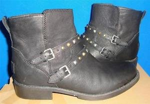 UGG  CAMILE Black Leather Buckled Motorcycle Ankle Boots Size US 7.5 NEW 1005683