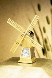 Bulova Miniature Clock Windmill B0017