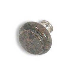 knob1-Labrado Antique