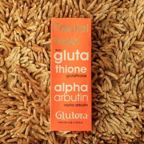 Glutera Facial Wash with Glutathione & Alpha Arbutin Collagen Face Whitening