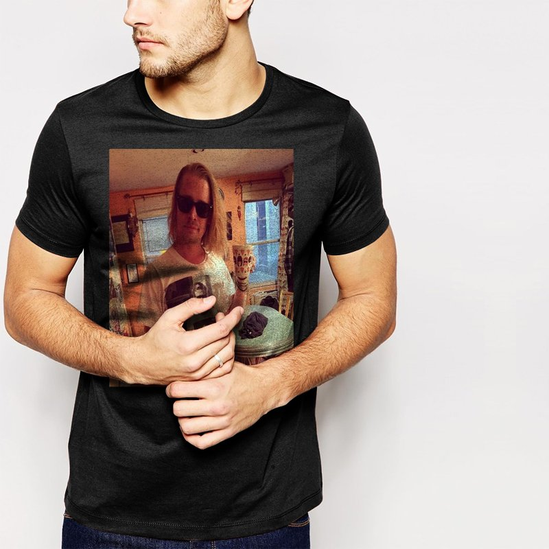 Macaulay Culkin Men T-Shirt Wearing Ryan Gosling