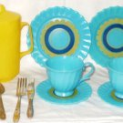 VINTAGE Child's Plastic Tea Set Turquoise Yellow Eagle Toy Montreal 11 Pieces