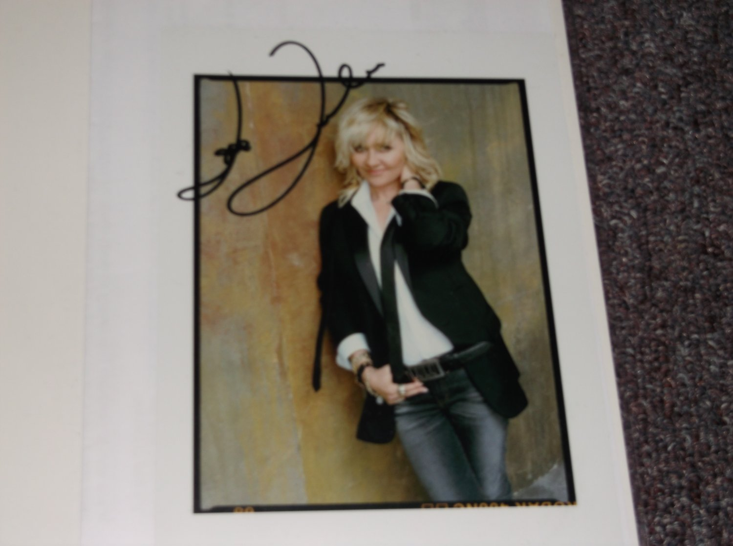 Lulu signed 5x7 photo probably a reprint