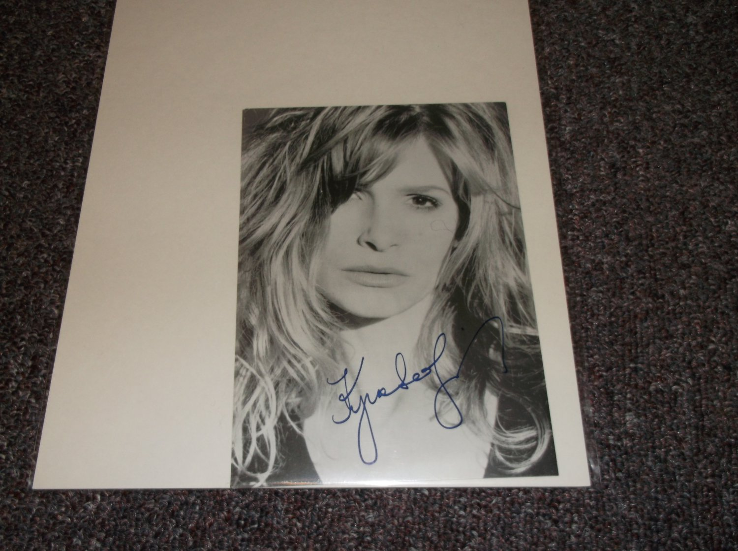 Kyra Sedgwick signed reprint 5x7 photo