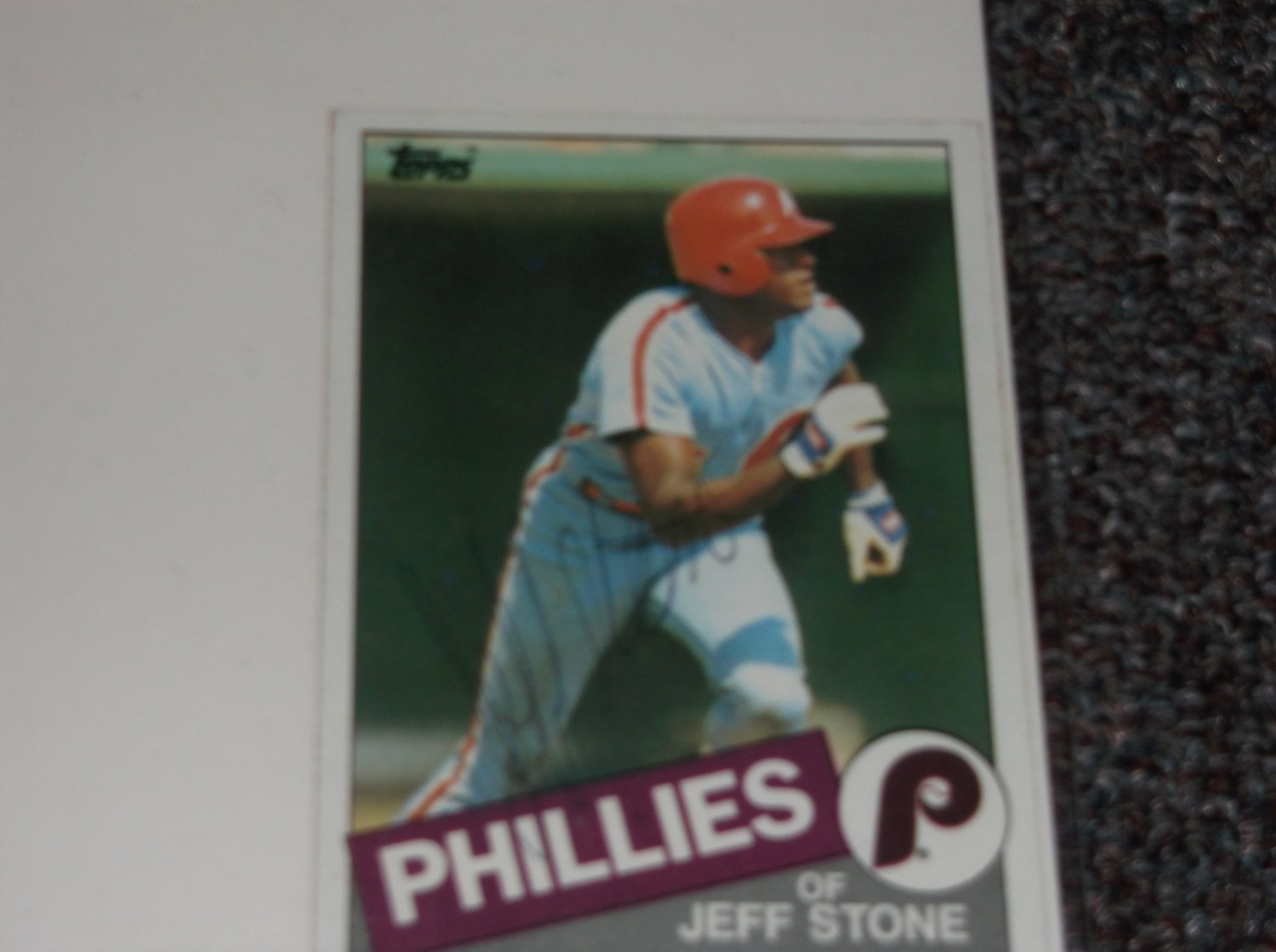 Jeff Stone signed 1985 Topps card Phillies Baseball