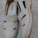 women sz 7.5M tan beige Grasshoppers shoes