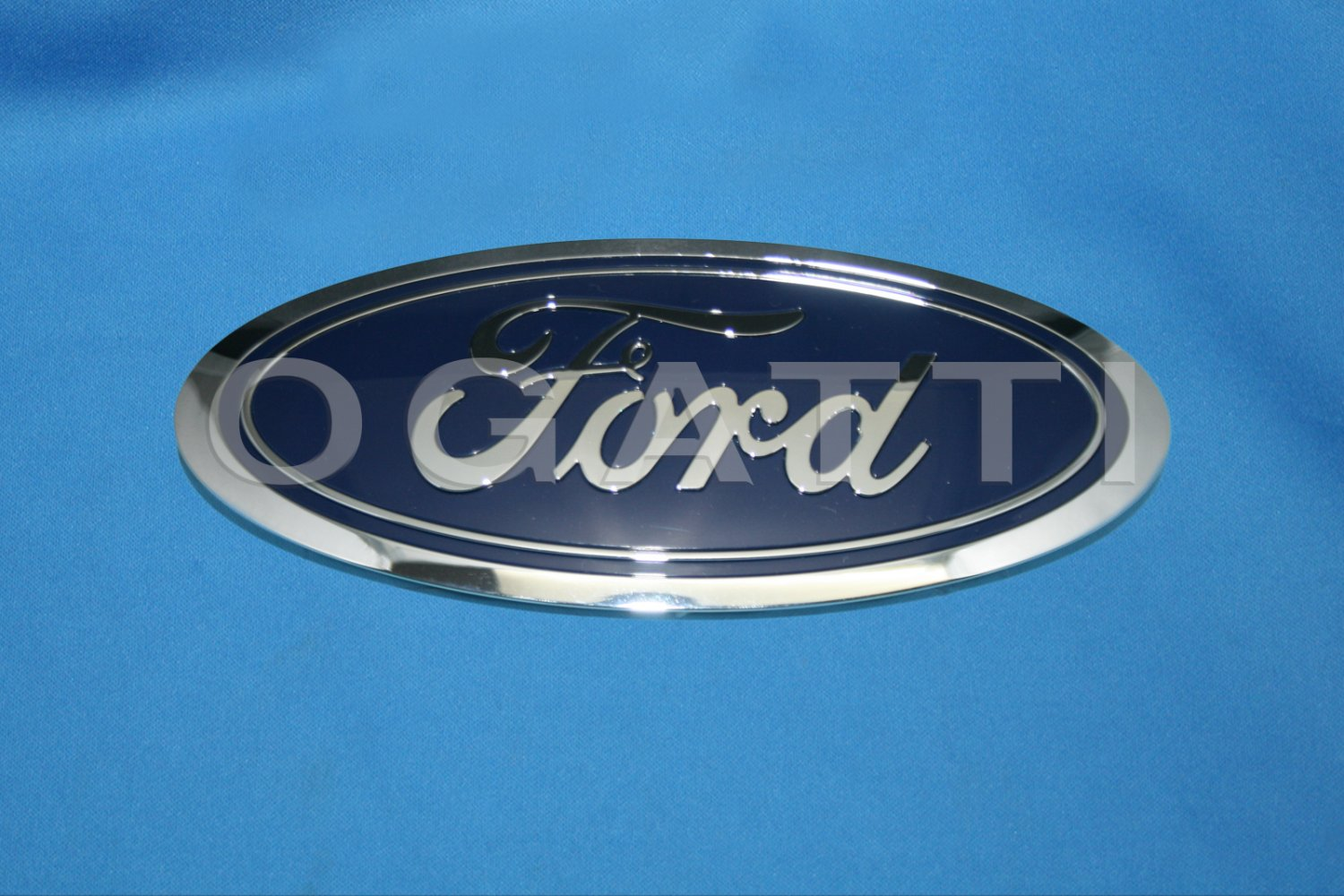 Brand New Ford OEM F-150 2014-2015 Front Grille Oval FL3Z-8213-A