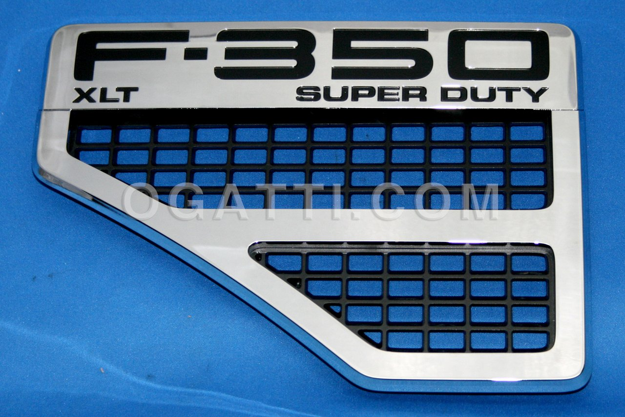 Brand New Ford OEM F-350 XLT SUPER DUTY 2008-2010 Left Fender Vent Set 8C3Z-16228-F