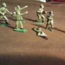 VINTAGE WWII LEAD PAINTED  SOLDIERS  (8)