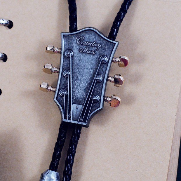 Bolo Tie Totem Necklace - Country Music - Vintage Bola Tie t07