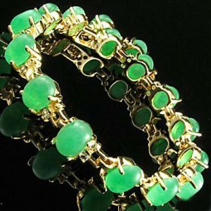 beautiful  Chinese jade bracelet
