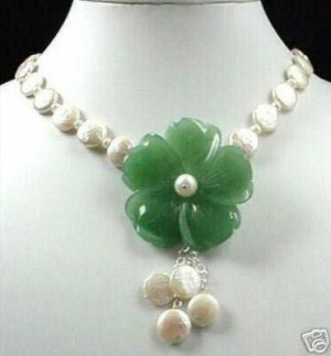 beautiful Fine green jade flower&coin pearl necklace