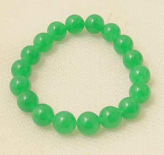 Beautiful green jade beads bracelet