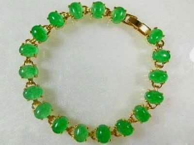 Beautiful green jade bracelet