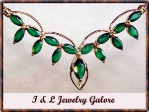 3.5 carat Genuine emerald agate gold necklace