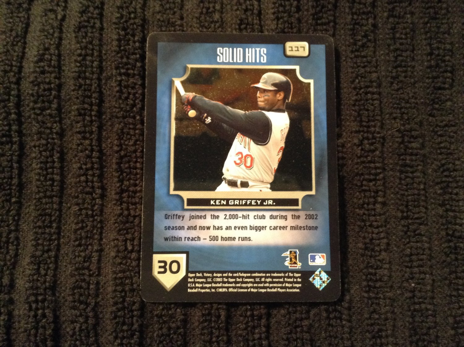 2003 Victory Solid Hits - Ken Griffey Jr (117)
