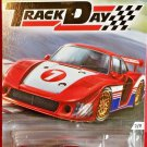 2016 Hot Wheels Car Culture Track Day 2/5 PORSCHE 935 Red DFJ94